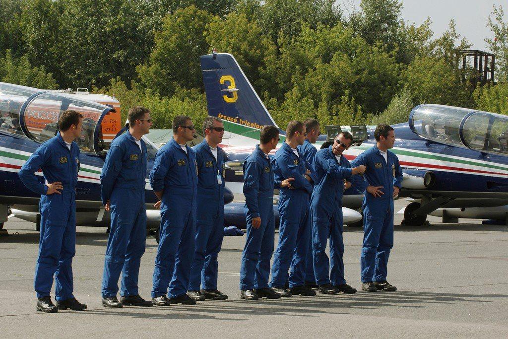 пилоты Итальянской пилотажной группы